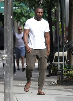 Idris Elba... am i the only one who see it...
