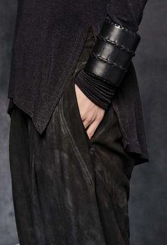 Monochrome Fashion, Dark Fashion, Leather Bracelet Tutorial, Alexander Mcqueen, Zen, Thrift Fashion, Leather Jewelry, Leather Bracelets, Warm Outfits