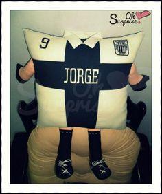 Amante de su equipo de Futbol Almohada Personalizada Estilo Alianza Lima Pillow / Cojin