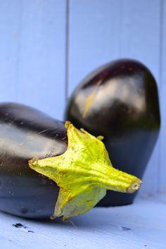 Auberginen www.sonjarieser.ch Eggplant, Vegetables, Food, Eggplants, Home And Garden, Essen, Vegetable Recipes, Meals, Yemek