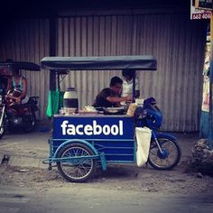 This food cart: | 24 Things You'll Only Find In The Philippines
