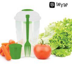 4,27€ Insalatiera di plastica Salad to Go in vendita in offerta su https://takkat.eu/it/portapranzo-contenitori-e-insalatiere/18739-insalatiera-di-plastica-salad-to-go-4899888102274.html - Prepara le tue insalate mediterranee, alla marinara, di pollo, pasta, riso e godi di tutto il suo sapore e di tutte le sue proprietà grazie a l'insalatiera Salad to go! Un comodo imballaggio di plastica che potrai comodamente portare dove vorrai per godere delle tue insalate preferite. Con l'insalatiera…