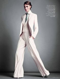 Nordstrom Pants - Arizona Muse by Inez & Vinoodh for Vogue Paris March 2012 Androgynous Fashion, Tomboy Fashion, High Fashion, Womens Fashion, Androgyny, Tomboy Style, Androgynous Girls, Boyish Style, Queer Fashion