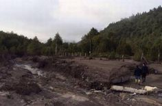 Erupción Volcán Calbuco desborde de rio. (abril 2015)