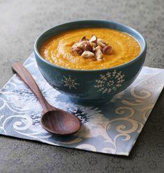 Soupe de courge musquée aux carottes et noisettes - les meilleures recettes de cuisine d'Ôdélices
