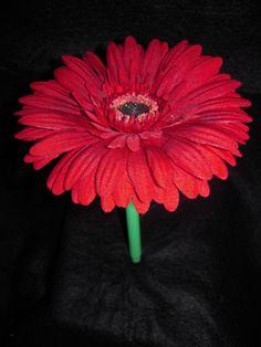 Gerber daisy Gerber Daisies, Gerbera, Daisy, Brooch, Red, Jewelry, Flowers, Jewlery, Jewerly