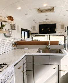 Beautiful Off-Grid Bus Conversion - Converted Bus for Sale in Kiowa, Colorado - Tiny House Listings Converted Bus For Sale, Converted School Bus, School Bus Tiny House, School Bus Camper, Off Grid, Bus Living, Tiny Living, Skoolie For Sale, Bus Remodel