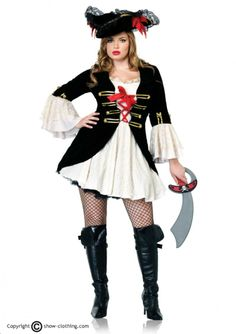 Disfraz de pirata talla grande que incluye: Vestido fruncido con Ilusión de Chaqueta con doble lazada frontal, Apliques en dorado y mangas campanadas...