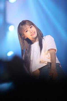 IZ*ONE's Sakura Had a Visual Upgrade with a Different Hair Style at Their Concert Recently, She is Literally a Beauty Pictures) Korean Girl, Asian Girl, Sakura Miyawaki, Yu Jin, Japanese Girl Group, 10 Picture, Famous Girls, Different Hairstyles, Ulzzang Girl
