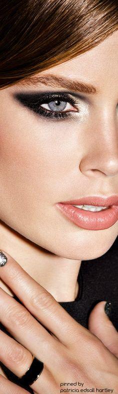 Doutzen Kroes #Maquillage #laser-epilationdefinitive.fr