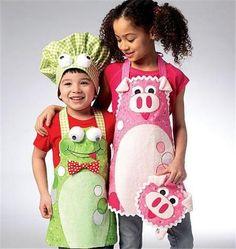 Kwik Sew SEWING PATTERN K114 Kids Novelty Aprons,Hat,Potholder,Pig & Frog Design