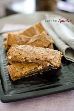 http://www.beyondkimchee.com/la-style-sweet-rice-cake-bars/