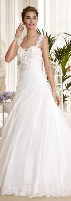 Stunning Tulle & Organza Satin Sweetheart Neckline A-line Wedding Dresses With Beaded Lace Appliques