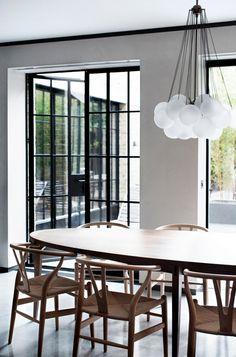 A location home in Primrose Hill - desire to inspire - desiretoinspire.net - wishbone chairs - JJ Locations