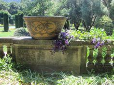 antique Greek planters at Filoli via architect design™