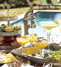 swanky::chic::fete: cinco de mayo inspiration or Margarita Party! Margarita Bar, Margarita Glasses, Taco Bar Party, Fiesta Party, Al Fresco Dining, Party Entertainment, Mellow Yellow, Mexican Food Recipes, Fine Dining