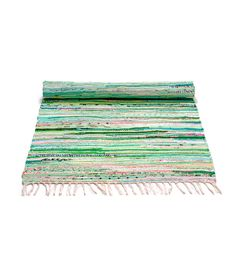 Cotton rug in a green mix from Danish Rug Solid. The carpet is hand-woven and fits most interior styles with its minimalist expression. Floor Runners, Solid Rugs, Weaving Textiles, Home Living, Living Room, Textile Patterns, Textile Art, Sustainable Design, Woven Rug