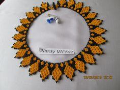 NURAY YILDIZ Beaded Collar, Beaded Choker, Collar Necklace, Beaded Necklace Patterns, Crochet Earrings, Handmade Beads, Loom Beading, Crystal Beads, Seed Beads