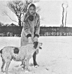 Edie and Spot romp in the snow at Grey Gardens, c. Edie Bouvier Beale, Edie Beale, Edith Bouvier, Grey Gardens House, Gray Gardens, Under The Skirt, Mystery Of History, Garden Images, Autumn Garden