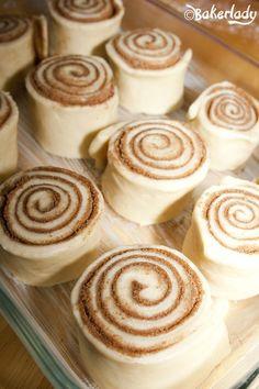The World's Greatest Cinnamon Rolls – Bakerlady Baking Recipes, Cake Recipes, Dessert Recipes, Sweet Recipes, Baked Rolls, Sweet Dough, Rolls Recipe, Sweet Bread, The Best