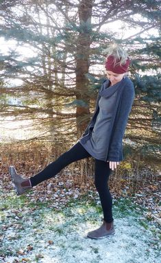 Merino Wool Leggings Fold Over Waist Soft Wool Knit Northern Outdoor Winter Womens Active Wear Outdo Cotton Leggings, Warm Leggings, Comfortable Flats, Cotton Lights, Active Wear For Women, Black Wool, Bra Sizes, Merino Wool, Clothes For Women
