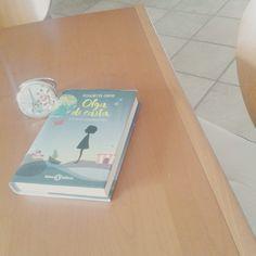 Un libro letto secoli fa, ma del quale mi sono innamorata♥La storia di Olga Papel mi ha preso tantissimo. l'avete letto? ♡ #ElisabettaGnone #olgadicarta #libri #book #books #children #bookcover #graphic #illustration #reading #fable #amazing #adorable #circus