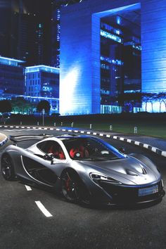 vividessentials:  McLaren P1 | vividessentials