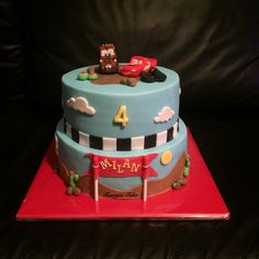 Cars mcqueen takel birthday cake