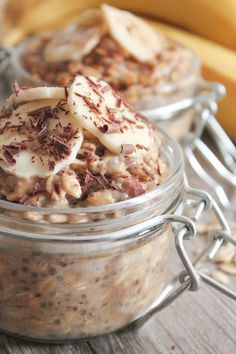 Peanut Butter and Banana Overnight Oats (Vegan and Gluten-Free!)
