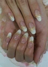 French tips with gold glitter - I strongly dislike this shape but I adore the colors. So simple!