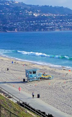 Family Friendly Things to Do in Redondo Beach: Watch Dolphins Surf at RAT Beach while Getting Fit #travel #ChampionsofHome #CleverGirls
