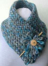 Knitting loom patterns scarf projects Ideas for 2019 Crochet Neck Warmer, Knit Or Crochet, Crochet Shawl, Crochet Crafts, Crochet Stitches, Crochet Projects, Flower Crochet, Diy Crafts, Loom Bands
