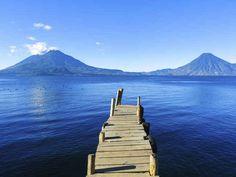 Lago Atitlán, Guatemala. | 26 Lugares impresionantes en América Latina que deberías visitar