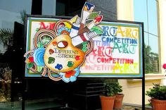 Art ,Craft ideas and bulletin boards for elementary schools: Art Competition Bulletin Board School Board Decoration, School Decorations, School Murals, Art School, Art Room Doors, Drawing Competition, Canvas Art Projects, Art And Craft Videos, School Bulletin Boards