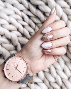 Rose gold is great for winter! Give your beautiful nails a treat at your next Snailz appointment! Nude Nails, Glitter Nails, Acrylic Nails, Pink Nails, Nail Swag, Classy Nails, Fancy Nails, Gorgeous Nails, Pretty Nails