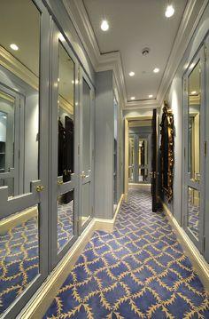 beautiful carpet with grey doors & mirrors