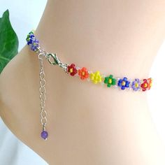 Rainbow Anklet, Beaded Daisy Ankle Bracelet, Summer Seed Bead Floral Jewelry, Gift Small to Plus Size Beaded Anklets, Beaded Jewelry, Beaded Necklace, Beaded Bracelets, Jewelry Patterns, Bracelet Patterns, Ankle Bracelets, Small Gifts, Jewelry Crafts