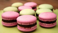 A macaron őrület… Meringue, Christmas Crochet Patterns, Macarons, Doughnut, Bakery, Muffin, Food And Drink, Easter, Sweets