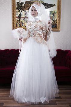 Azra Özer Ekru Prenses Tesettür Abiye Elbise