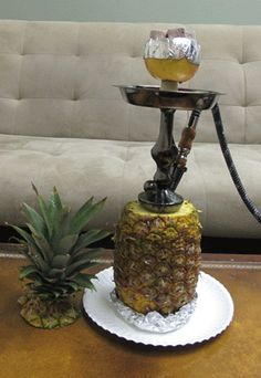 pineapple hookah. this is so creative.