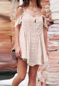 Summeris finally here andwe are all looking for affordable places to shop for cuteand stylish fashion. Are you looking for theperfect crop top, romper or summer dress? These10clothing boutiques have tons of affordable options for the trendy (...