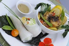 Asian-spiced scallops & vegetable spring rolls