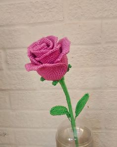 Just a quicky to share some love. I found a link on Pinterest to a video tutorial for a beautiful rose. A video? No several lengthy vid...
