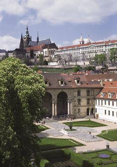 Valdstejnska Garden & Prague Castle.