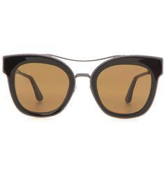 BOTTEGA VENETA Cat-eye sunglasses. #bottegaveneta #sunglasses
