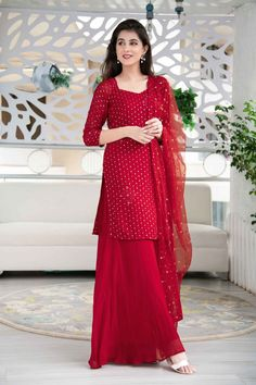 Indian Gowns Dresses, Indian Fashion Dresses, Indian Designer Outfits, Stylish Dress Designs, Designs For Dresses, Stylish Dresses, Designer Party Wear Dresses, Kurti Designs Party Wear, Kurta Designs