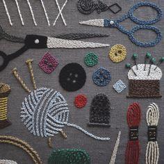 いいね!6,244件、コメント73件 ― YUMIKO HIGUCHIさん(@yumikohiguchi)のInstagramアカウント: 「. ミセス11月号発売です。今月の連載は、裁縫道具。 様々なパーツを並べカラフルに。お好きな色合いでどうぞ。 秋の夜長に是非 . . #sewingkit #sewingset…」