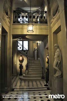 Museo Nacional de Arte Decorativo   Metro #196   Mar 2015 Beautiful Space, Beautiful Homes, European Decor, Vestibule, Entrance Hall, Neoclassical, Art And Architecture, Decoration, Foyer
