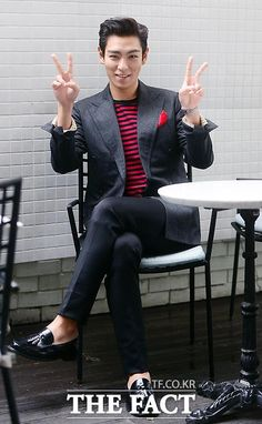 Omg that japan japan pose!  #TOP #BIGBANG