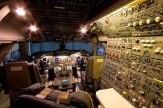 Boeing 747 Classic Cockpit by Tim de Groot - AirTeamImages, via Flickr